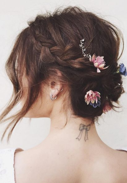 13 pretty updos for short hair. You need to try some of these for fall