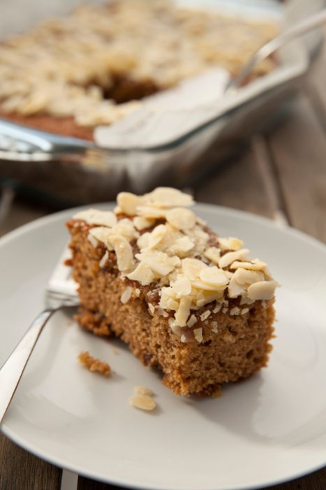Easy cake, no mess : Cardamom Date Cake sweet impressive easier than ...