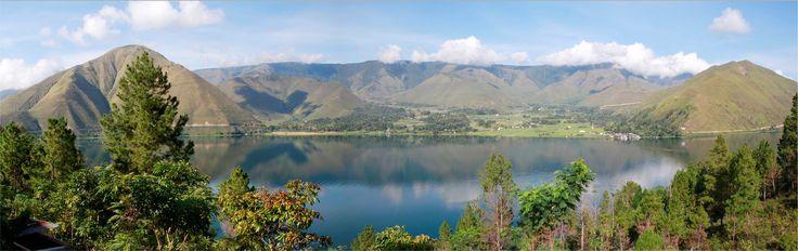 Lake Toba, North Sumatra | World's largest volcanic lake.