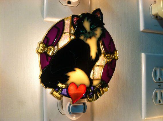 I love cats black night light with 4 watt on/off switch