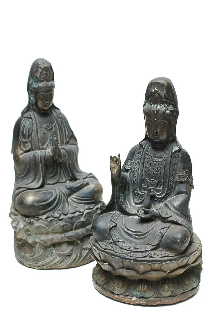 Two bronze figure of Guanyins, Chinese 19th Century. http://shop.grahamgeddesantiques.com.au/two-bronze-figures-of-guanyins-19th-century/