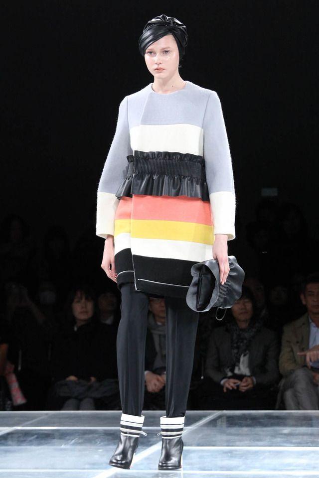 ミントデザインズ、ポストモダンに魅せられた近未来【16-17AWウィメンズ】 33枚目 #mintdesigns #2016 #2017 #aw #fashion #tokyo