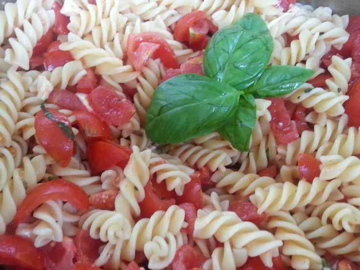 Crudaiola pomodoro e mozzarella