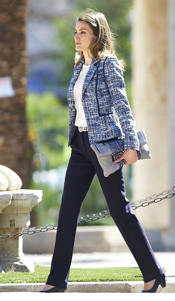 Princess Letizia of Spain looking great except for her mumsy shoes.......    156      19