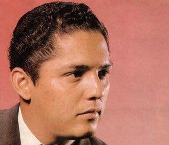 Julio Jaramillo es considerado el mejor cantante ecuatoriano de todos los tiempos. Sus canciones, que hablan de amores y desencuentros, calaron profundamente en el público que se reflejaba en ellas.