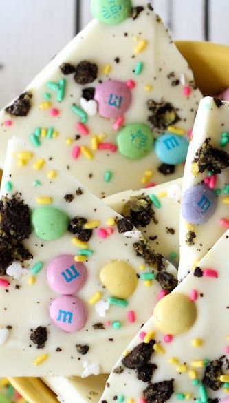"""Easter bark? This just looks like a shit-mess. And white chocolate?? Can we say """"crime against nature""""? Bluuuhh."""