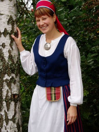Ladoga Karelian national costume. (area around the great lake of Ladoga).