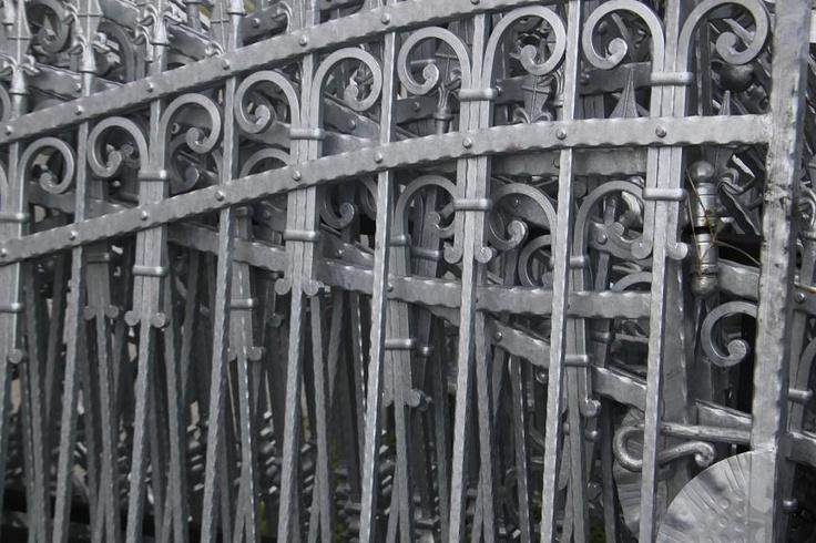 Zaun aus Polen - wrought iron fences