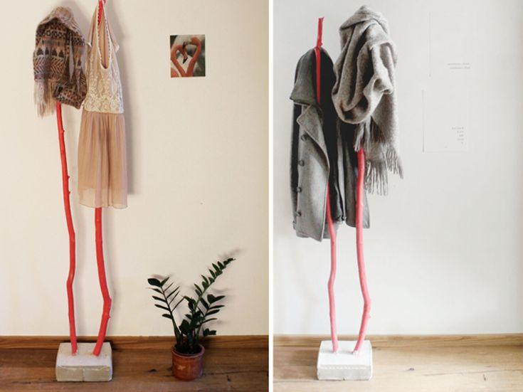 DIY-Anleitung: Kleiderständer aus Ästen und Beton bauen / coat rack made of wooden branches, craft home decor via DaWanda.com