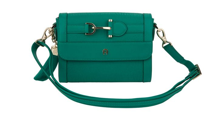 Cute green leather bag from #Aigner