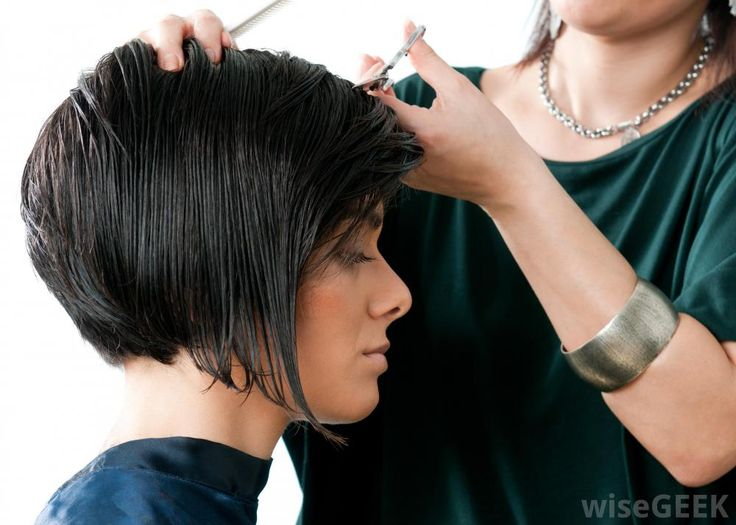 What Is a Concave Bob Haircut? (with pictures)