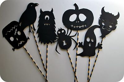 Shadow Puppets - Free PDF: Halloween Parties, Puppets Free, Shadows Puppets, Free Pdf, Halloween Crafts, Chez Beeper, Beeper Bebe, Free Printable, Halloween Shadows