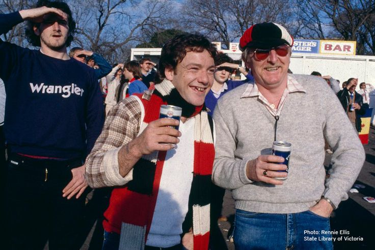 Rennie-Ellis-At-The-Footy-20-The-Island-Continent
