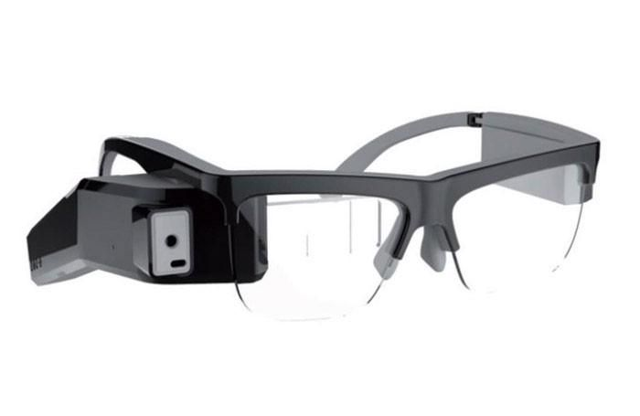 Hi-tech glasses that project theatre surtitles for wearer premiered at Avignon Festival - https://www.thestage.co.uk/news/2015/new-smart-glasses-translate-words-stage-front-theatregoers-eyes/…