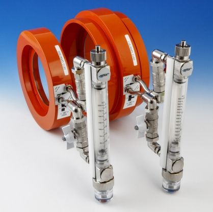 FM Approved Flowmeters for fire sprinkler pump testing. Offering simple and fast installation in both vertical and horizontal pipes, our FM flowmeters are available in a wide range of sizes and flows with  groove or flange connections. They are scaled in both USGPM and dm3/min.