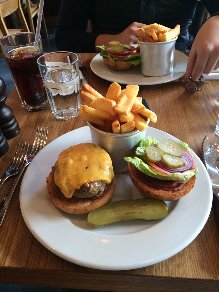 Most delicious burger, at Tom's kitchen, Zorlu istanbul
