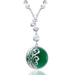 Inexpensive Heart Shape Green Agate Pendant for Women in Silver