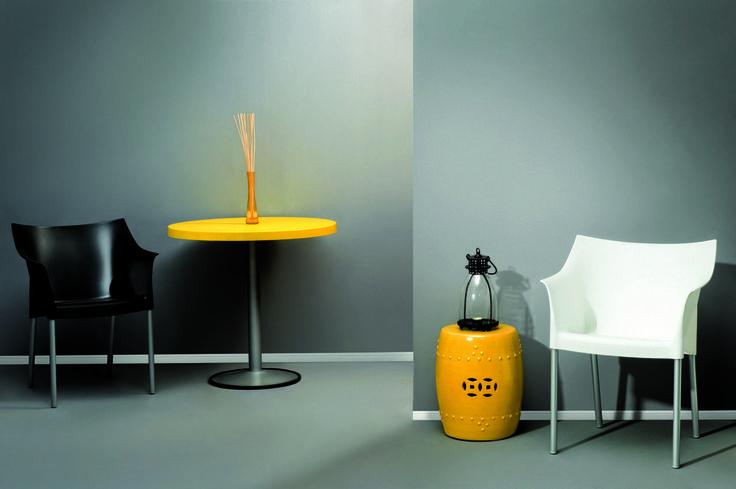 Çalışma Alanlarınıza Renk Katın..   www.abbamobilya.com.tr   #modoko #ofis #mobilya #ofismobilya #office #officefurniture #furniture #design #koltuk #sehpa #beklemealanı #ofisprojeleri #mobilya