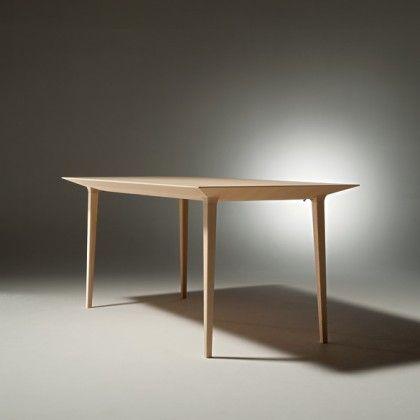 Flush Table | Takashi Oshima