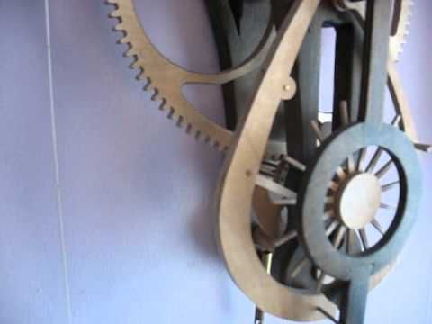 Wooden clock Solaris by Roman Kowalski - Viaroma