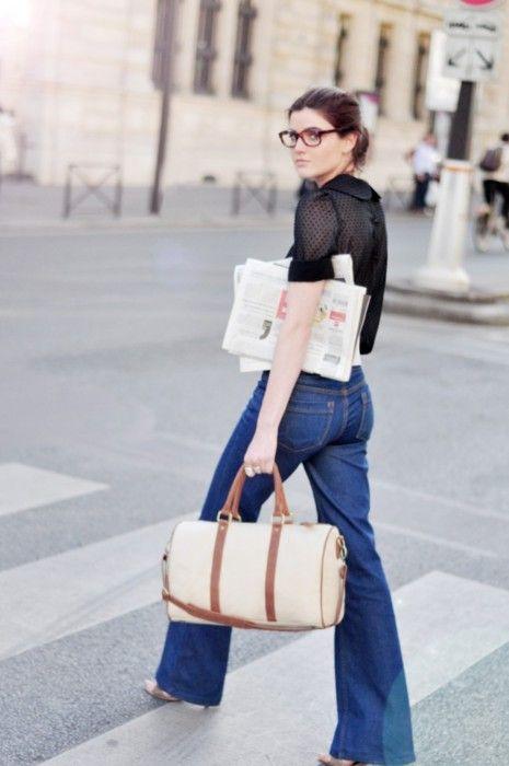 jeans + cartera + peinado