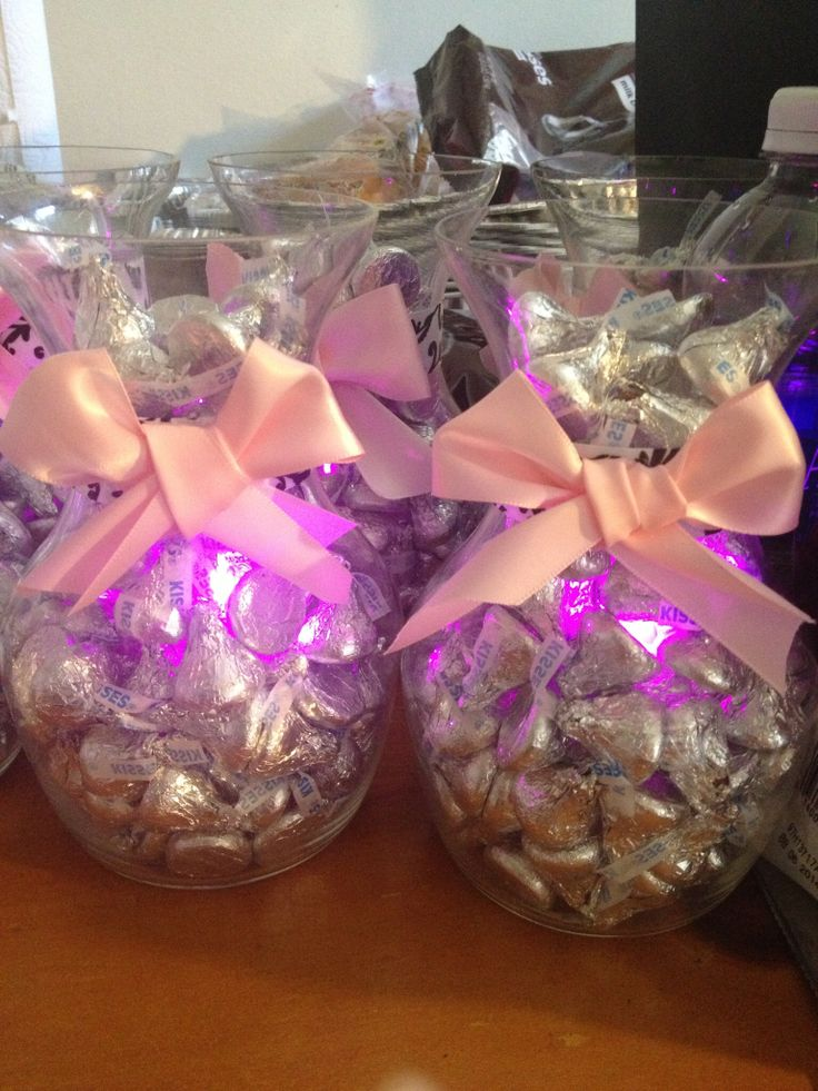 Light Up Hershey Kiss Centerpiece In 2020 Christmas