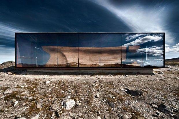 A misteriosa caixa no meio do nada - Casa Vogue | Arquitetura