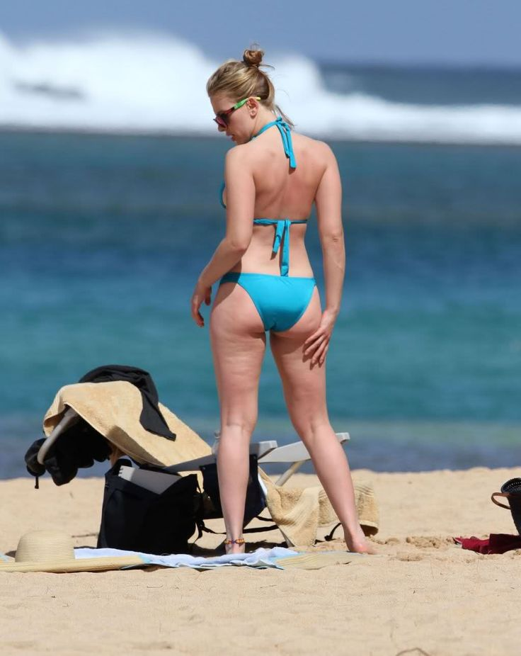 Even ScarJo has cellulite and a little extra.  This makes me feel better.  No one is perfect.