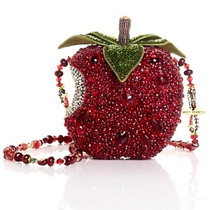 Beaded Apple evening bag-how awesome for a Snow White costume!