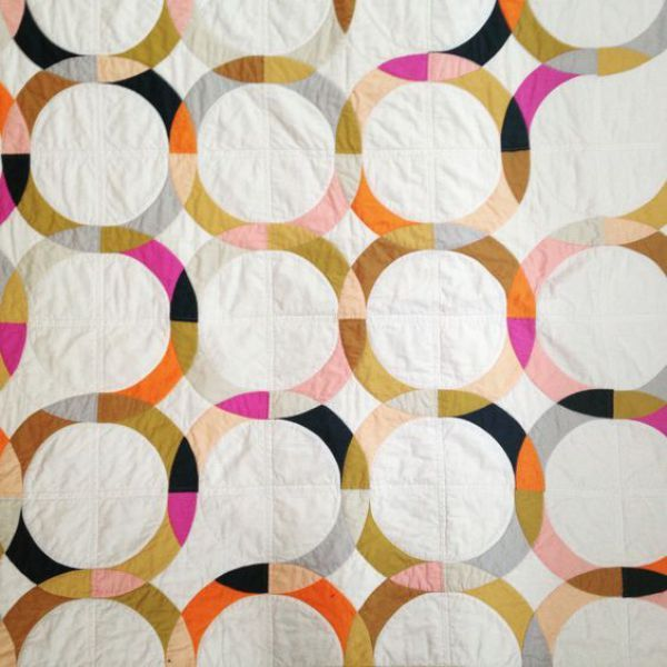 Double wedding ring quilt by Brigit Gail