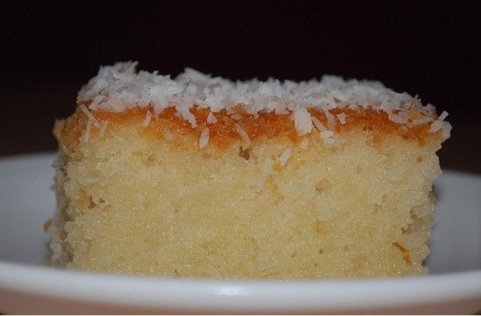 Σιροπιαστό κέικ με ινδική καρύδα και άρωμα πορτοκάλι από τις «Συνταγές με Φαντασία» !  