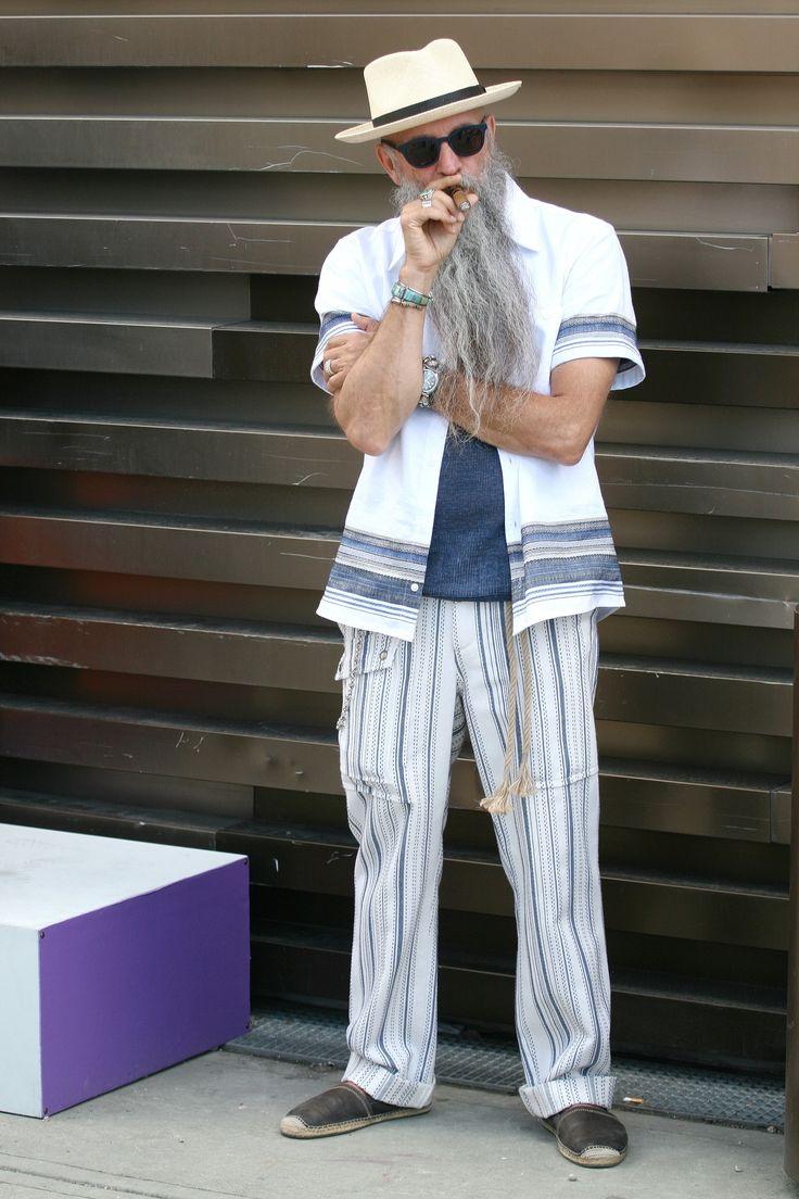 Summer layers http://trendzoom.com/street-pitti-uomo-menswear-ss-2017
