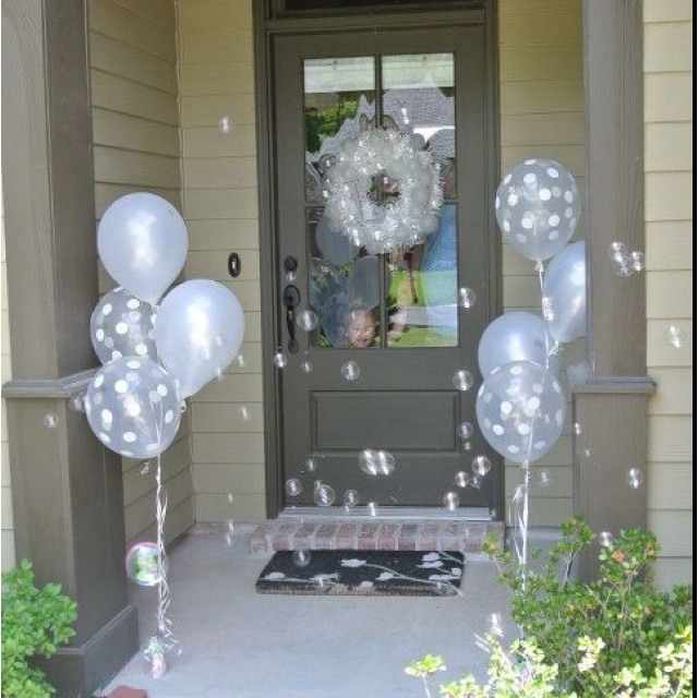 Entrance for the bubble party