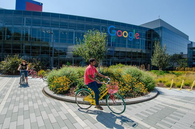 Some tips for visiting the Googleplex, the Google headquarters office in Mountain View, California.