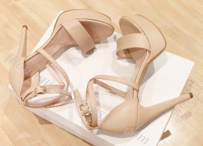 sandale toc stiletto: 13cm platforma la vedere: 3cm pret: 270 RON pt comenzi: incaltamintedinpiele@gmail.com