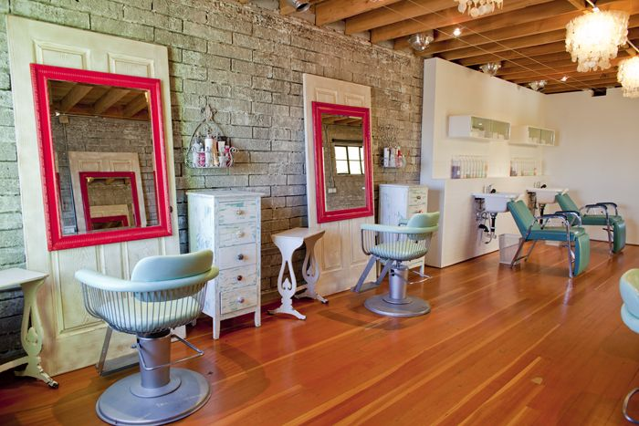 kinda want to go to this salon just to look at it -- Salvage Salon in Phoenix  @Christina & D maybe you can check out this place next time you need a haircut