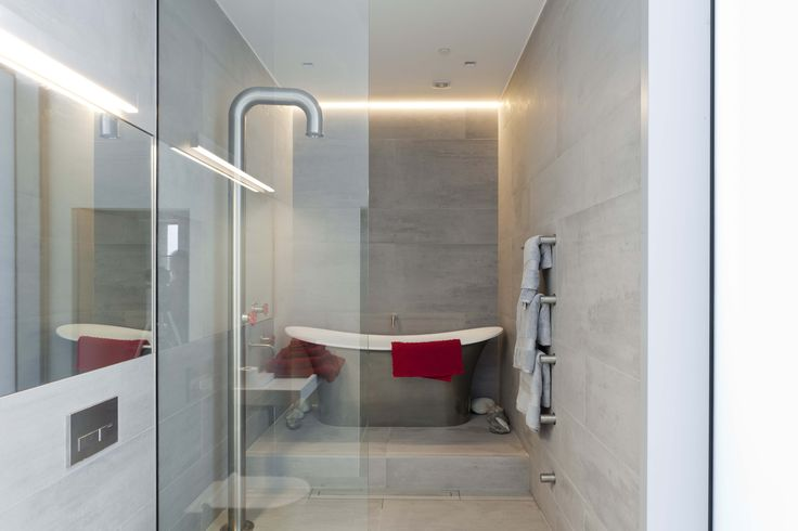 Water Tower London UK - ACR Architects - Terra XXL - #Watertower #London #UK #ACRarchitects #TerraXXL #collection #tiled #bathroom #shower #bath #design #reference #project #mosa #tiles #cosy #livingenvironment #maastricht #mosatiles