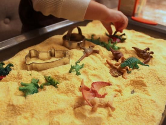 Cool project from http://www.kiwicrate.com/projects/Cornmeal-Play/1148: Cornmeal Play