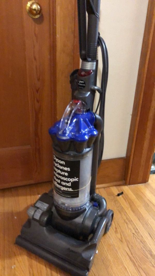 Used Dyson Vacuum For Sale In Sioux Falls Letgo Letgo Dyson Vacuum Sioux Falls
