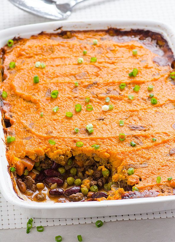 Clean Eating Shepherd's Pie -- With beans and less meat, sweet potatoes with skin on instead of white potatoes, and no dairy products. #glutenfree