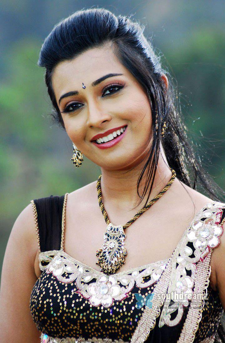 Actress « Radhika apte « Unseen « Photo shoot of radhika