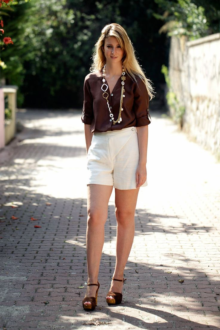 BURCU ARKUT: Gold-Brown-White for The Summer