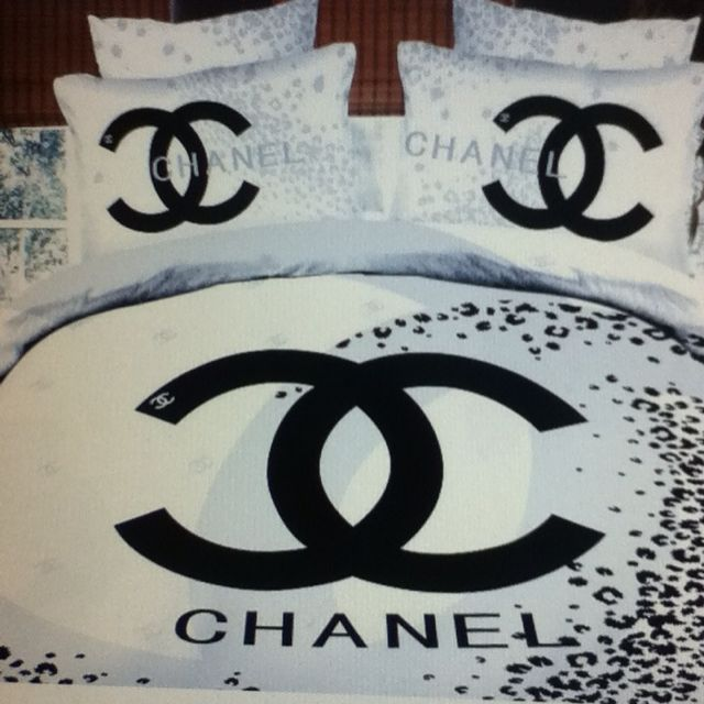 COCO CHANEL BEDSPREAD on The Hunt