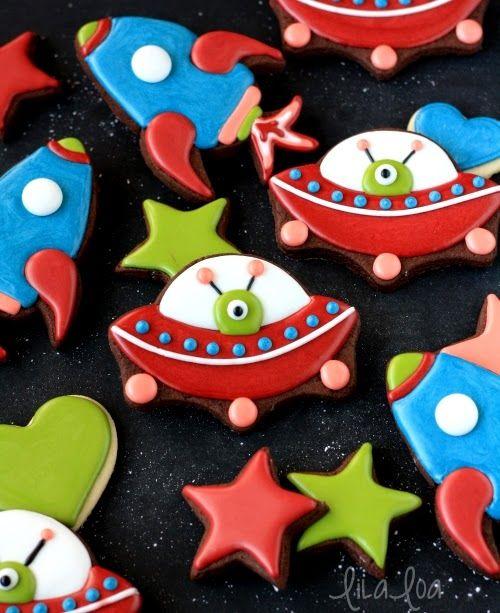 LilaLoa: Spaceship Valentine Cookies
