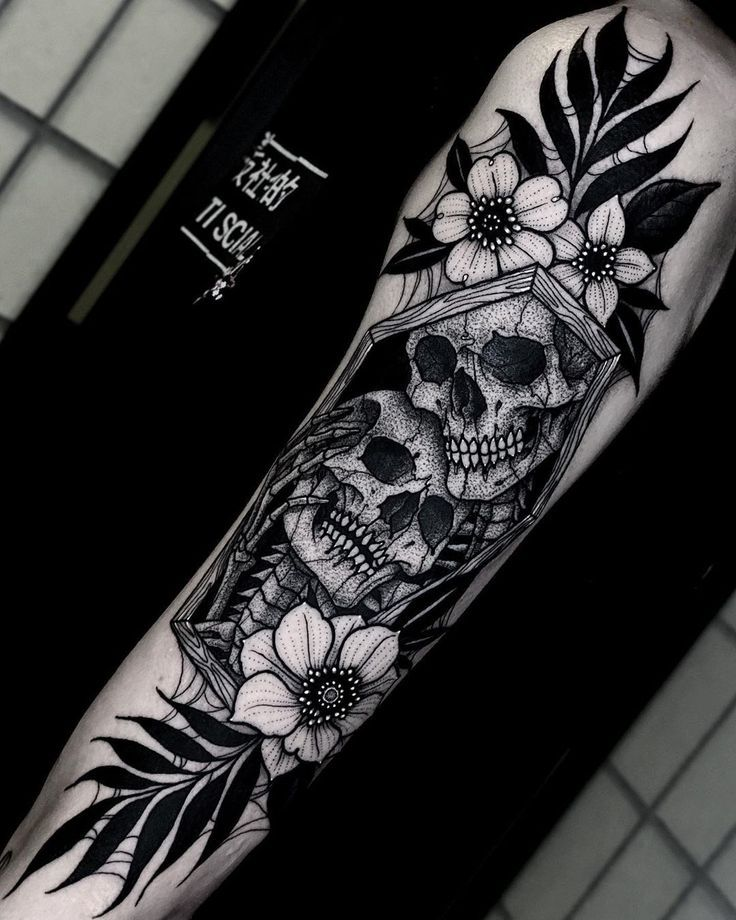 Halloween Tattoos By Angelo Parente In 2020 Skull Sleeve Tattoos Tattoos For Guys Halloween Tattoos