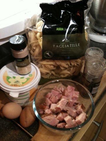 Vicki-Kitchen: Creamy tagliatelle (slimming world friendly)