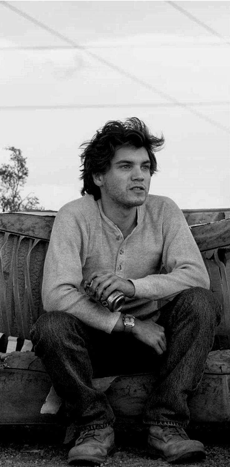 Emile Hirsch - Into the Wild---One of my fav movies!