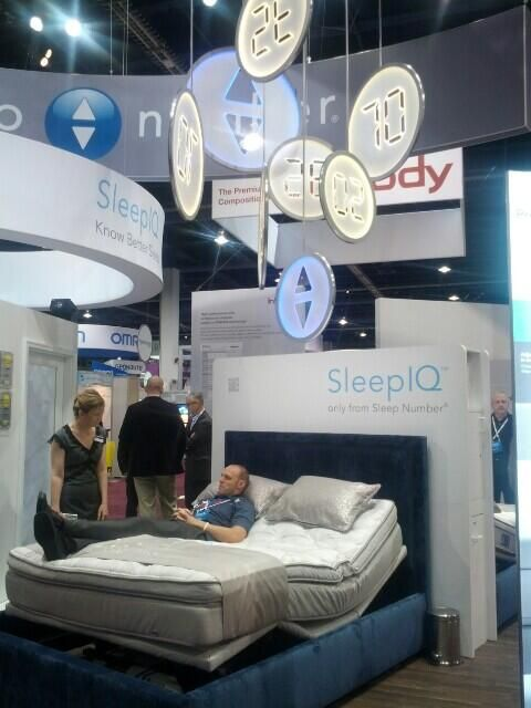 the sleepnumber bed at ces2014 i wish i could afford this bed - Sleepnumber Bed