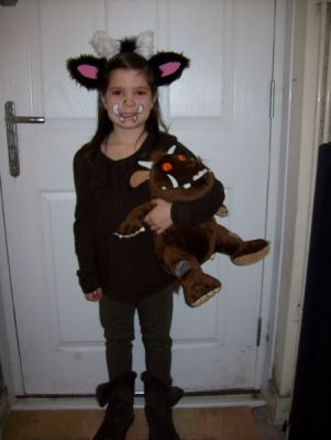 Another really creative home-made Gruffalo costume! Love this.