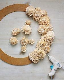 Flower wreath DIY. Why didn't I think of that?